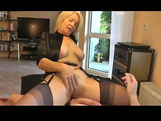 blonde gorgeous milf